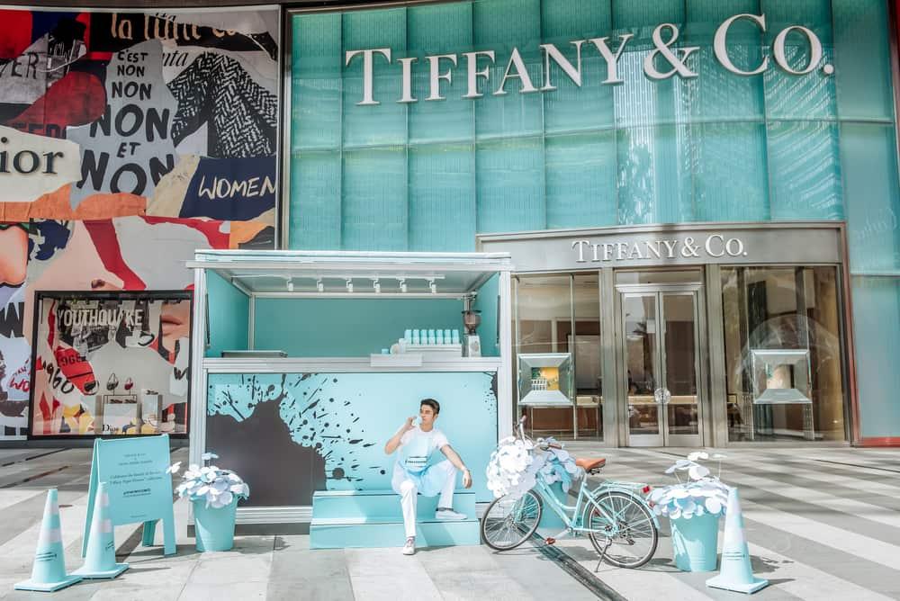 Gerobak Kopi Cantik Tiffany & Co. di Singapura
