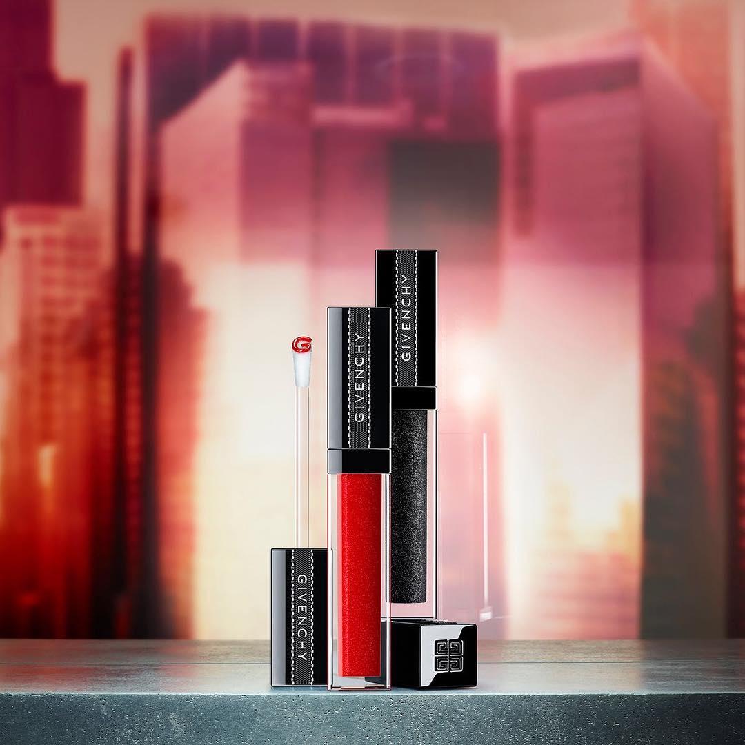 Givenchy Hadirkan Lip Gloss Gloss Interdit Vinyl