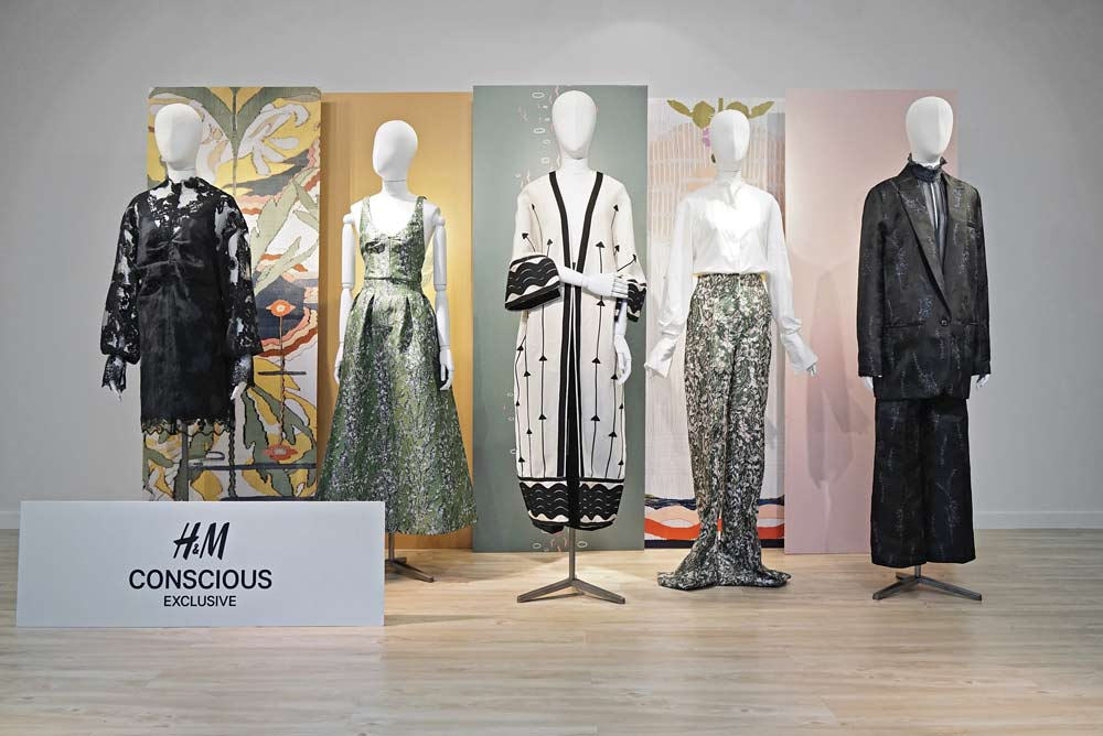 H&M Conscious Exclusive Perkenalkan Bahan Econyl