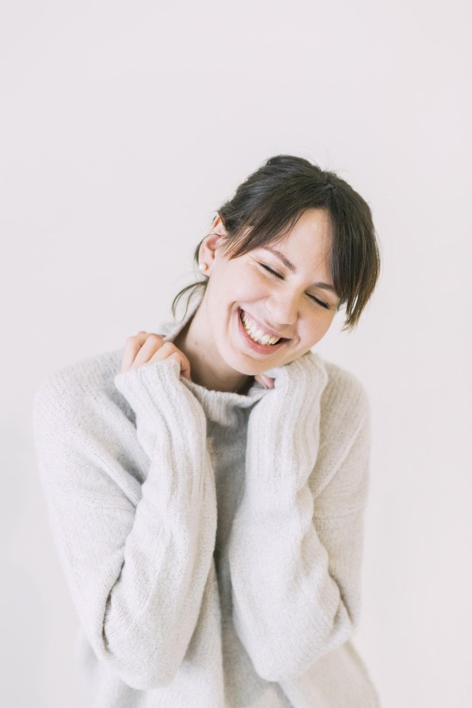 Ini Manfaat Tersenyum Ketika Sedang PDKT