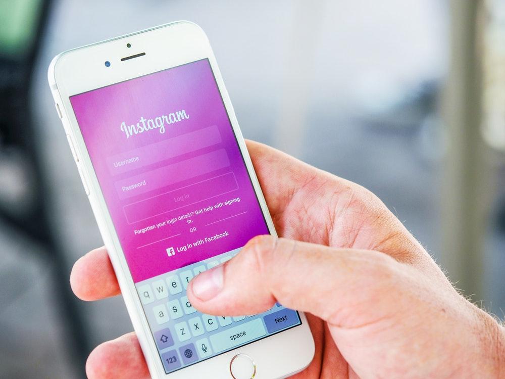 Instagram Hadirkan Fitur Video Call & Efek Kamera Baru
