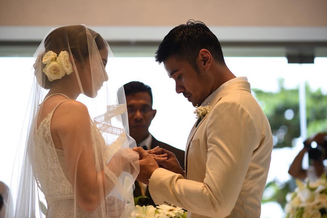 Intip Pernikahan Putri Marino Dan Chicco Jerikho