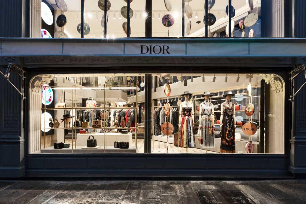 Intip Toko Pop Up Dior di Rue St Honoré