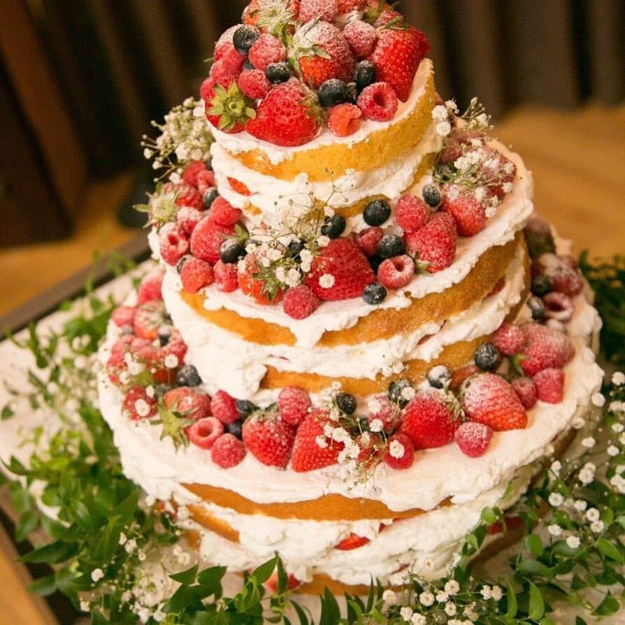 Jenis Kue Pernikahan untuk Dihindari Pada Musim Panas