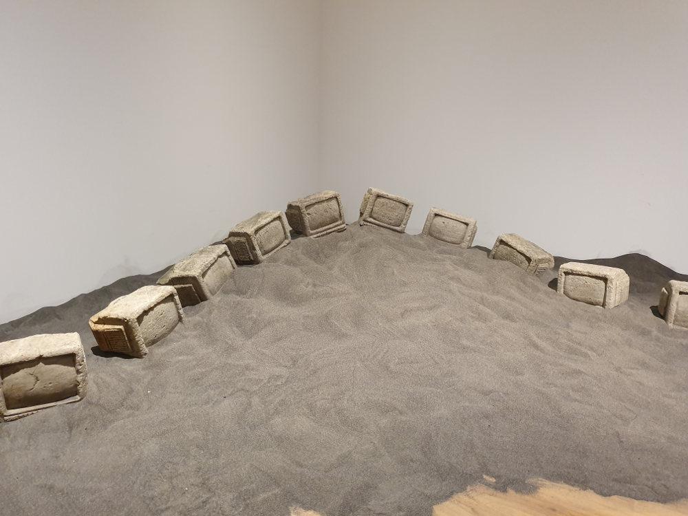 Karya 10 Seniman di Ekshibisi 'Dunia Dalam Berita'