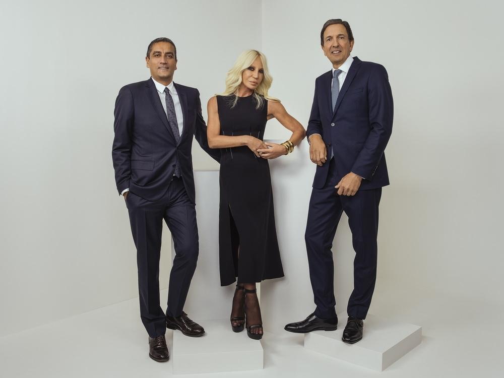 Kejutan Michael Kors Kala Akuisisi Versace