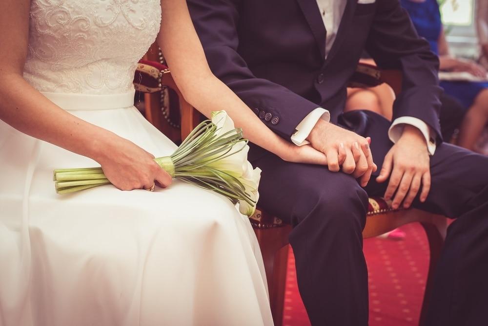 Kenali 10 Tanda Bahwa Diri Siap Menikah Dengan Pasangan