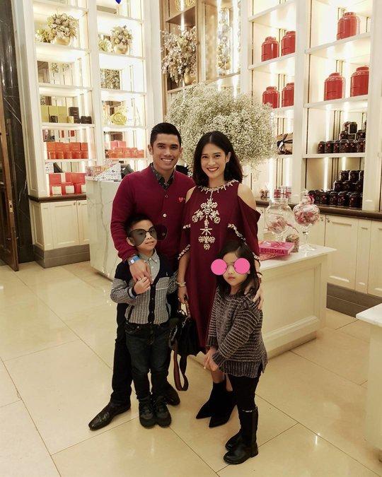 Kiat Dian Sastrowardoyo Sukses Dalam Karir & Keluarga