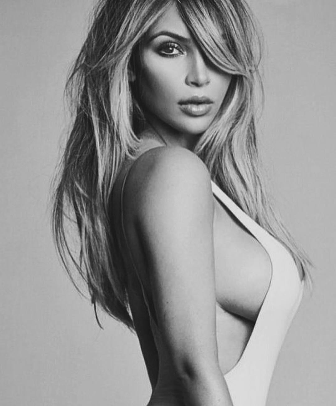 Kim Kardashian akan Rilis Produk Lingerie, Intip Yuk!