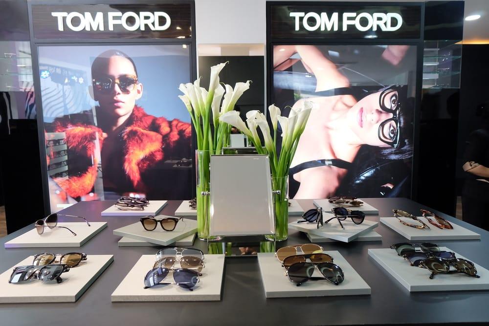 Koleksi Modern & Elegan Kacamata Tom Ford Tahun 2018