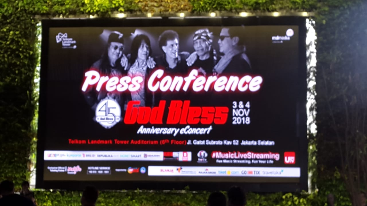 Konser Digital di Peringatan '45 Tahun God Bless'