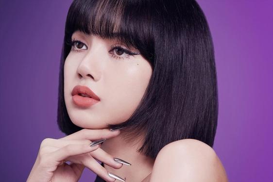 Lisa Blackpink Resmi Jadi Brand Ambassador MAC Cosmetics