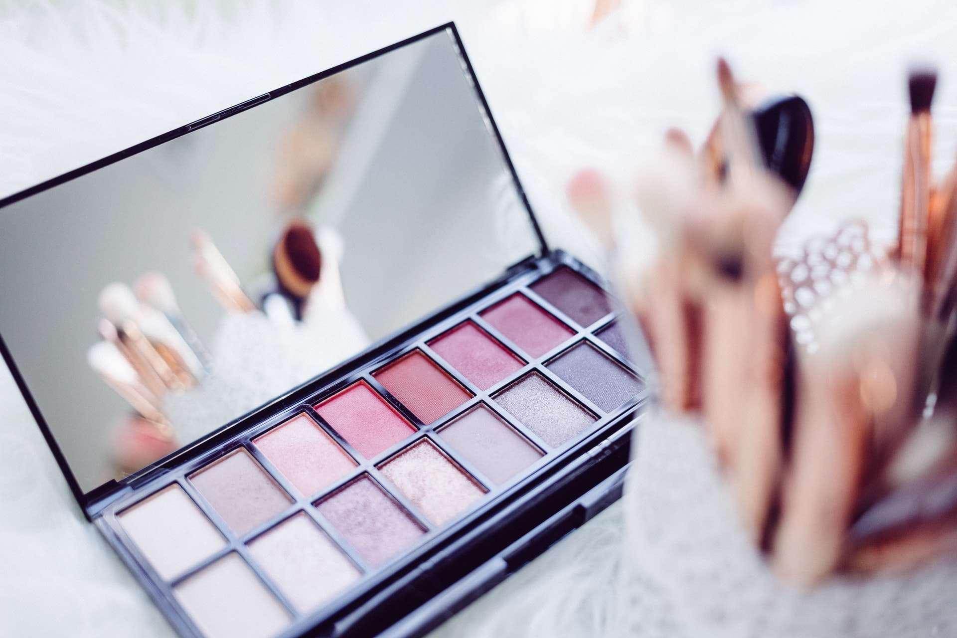 Rekomendasi Makeup Palette Buat Para Pemula
