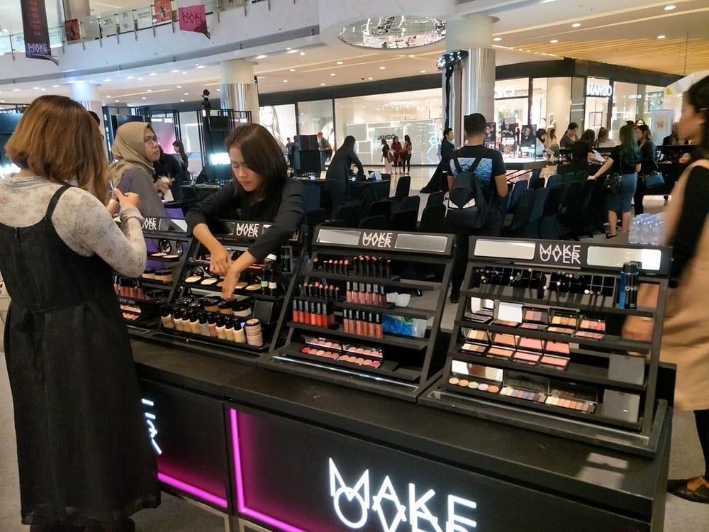 Make Over Mengadakan Pekan Kecantikan Colorcentric Week