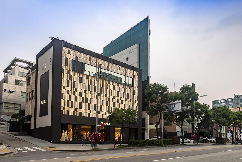 Max Mara Membuka Butik 'Flagship' di Gangnam, Seoul
