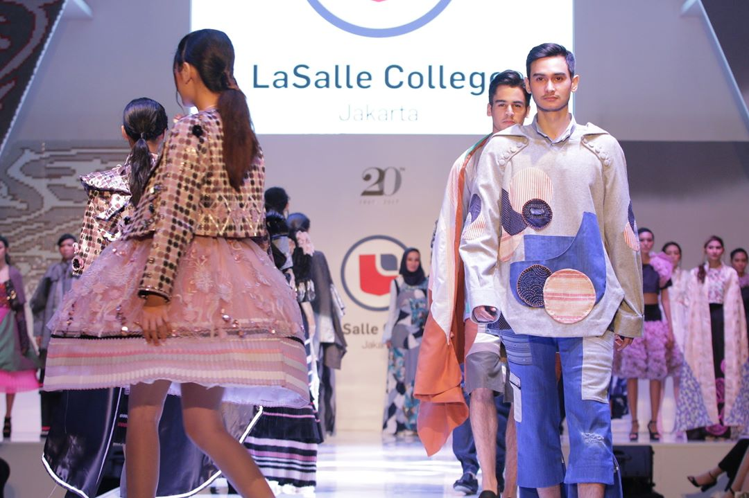 Memasuki Industri Mode Indonesia