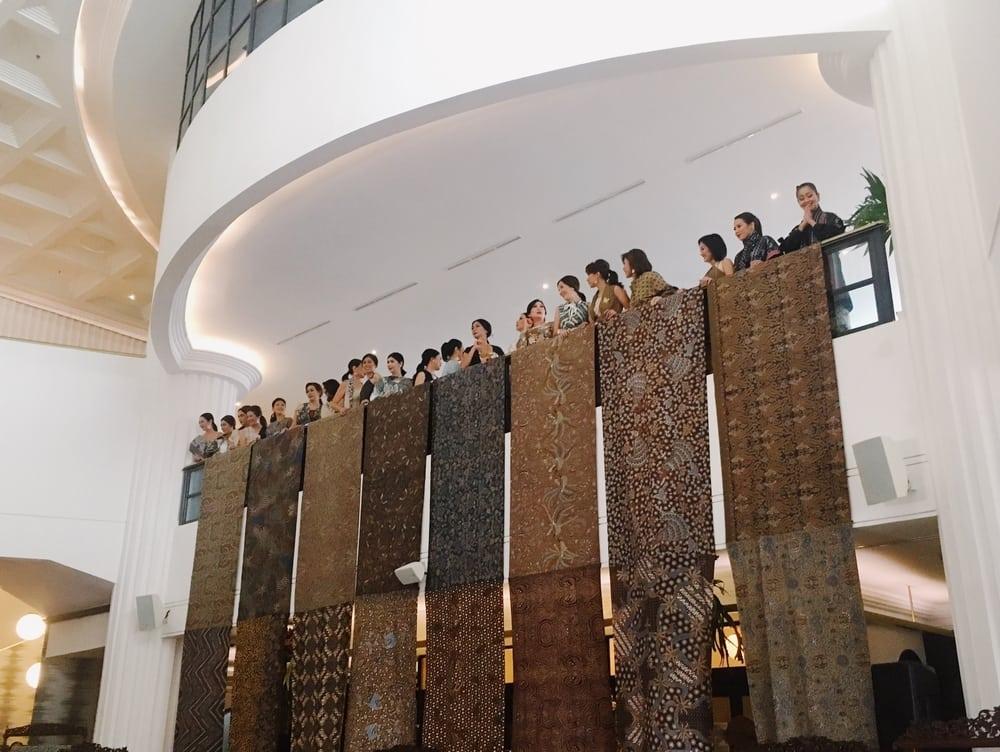 Menerawang Batik Jawa Barat Lewat Koleksi 10 Desainer