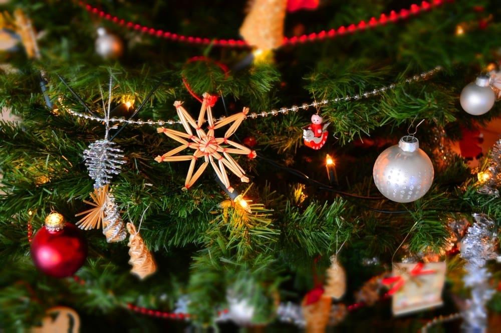 Mengenal 10 Pernak-Pernik Natal Dan Makna di Baliknya