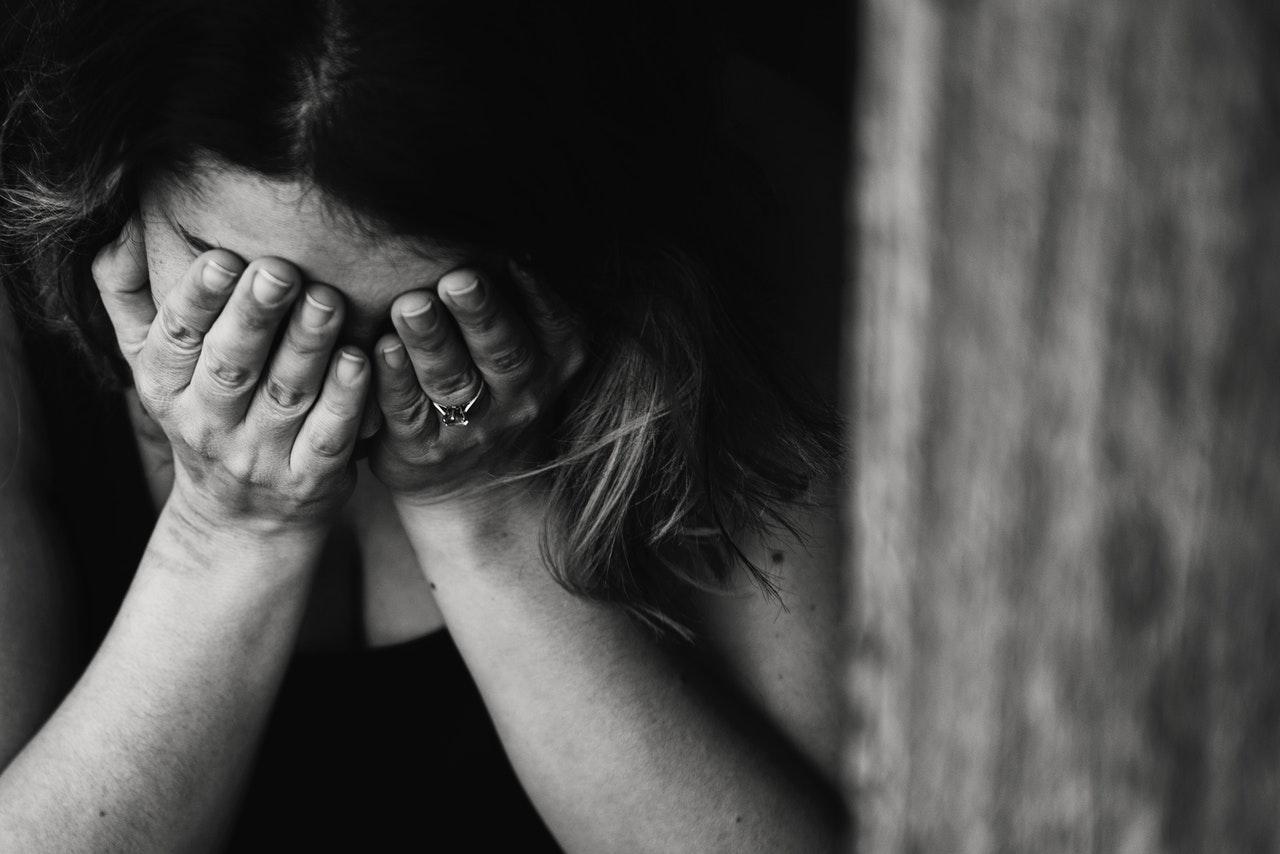 Mengenal 8 Tanda dan Gejala Depresi