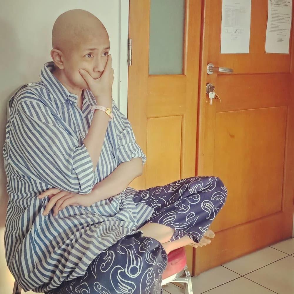 Mengenal Penyakit Kanker yang Dialami Ria Irawan