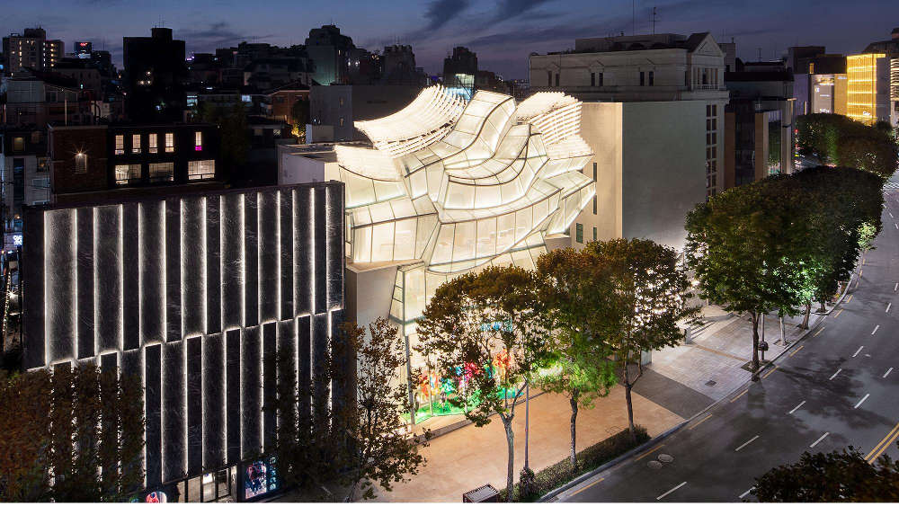 Mengintip Butik Baru Louis Vuitton di London dan Seoul