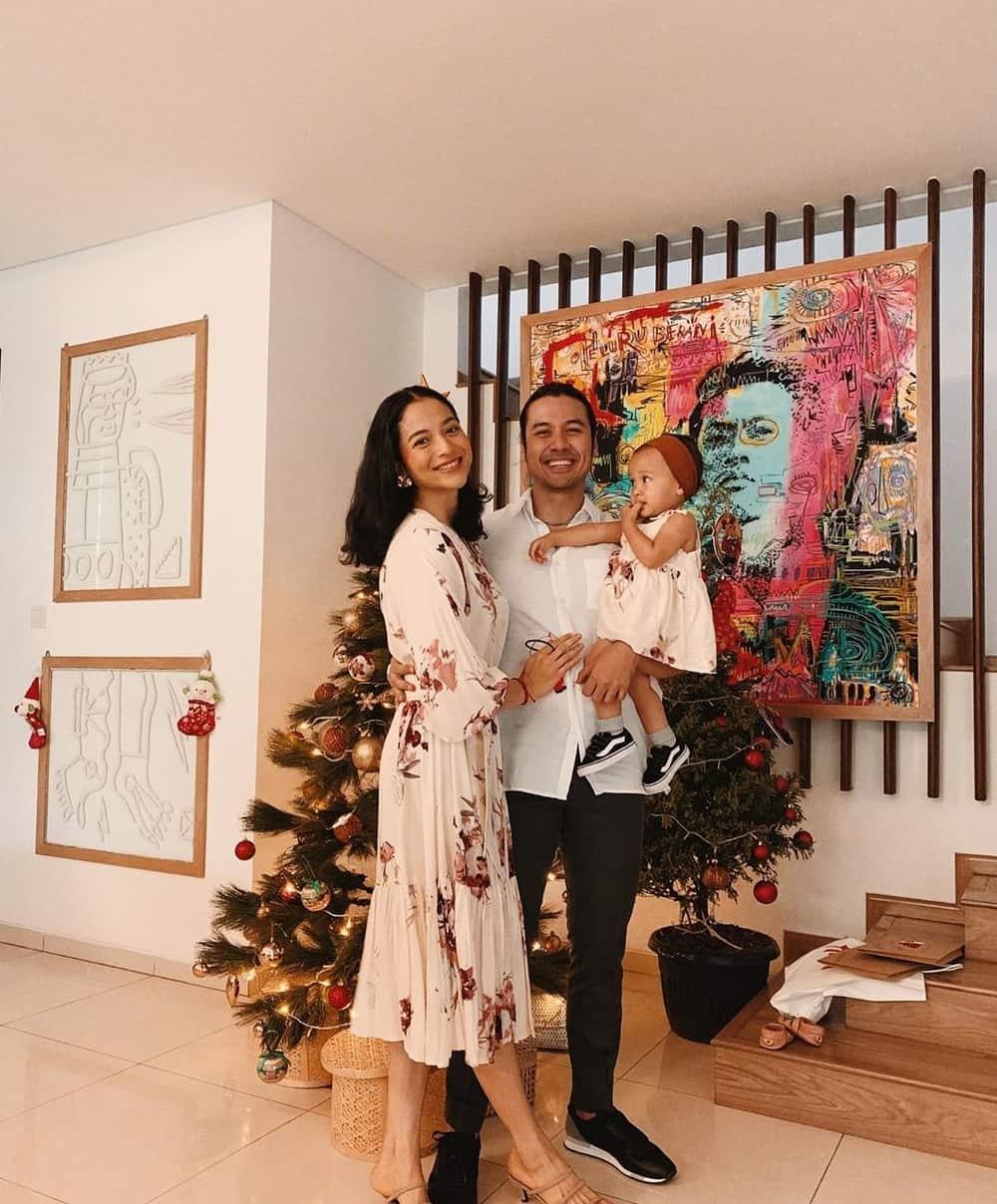 Momen-Momen Bahagia Perayaan Natal Para Selebriti