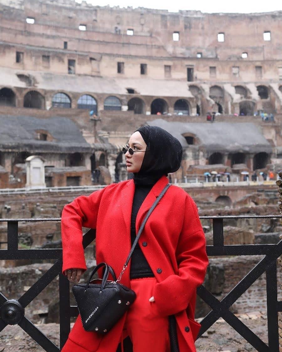 Neelofa Mohd: Lancome Muse Pertama Yang Memakai Hijab