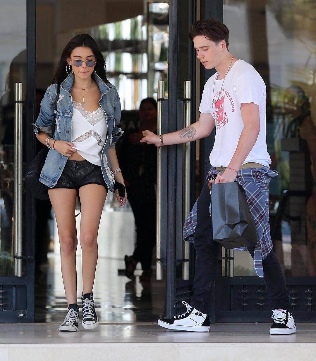 New Couple Alert: Brooklyn Beckham dan Madison Beer