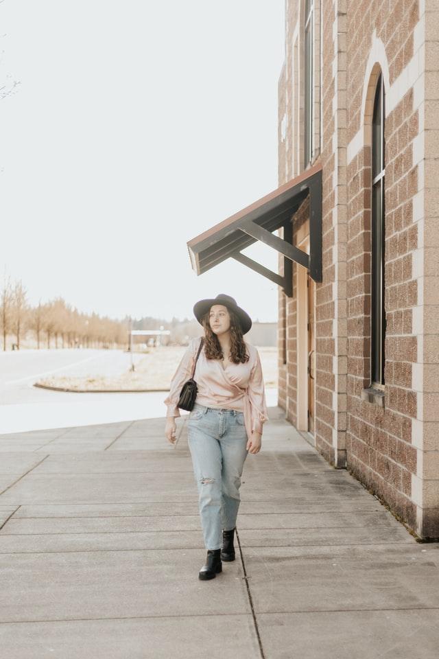 5 Model Baju yang Cocok Untuk Orang Gemuk