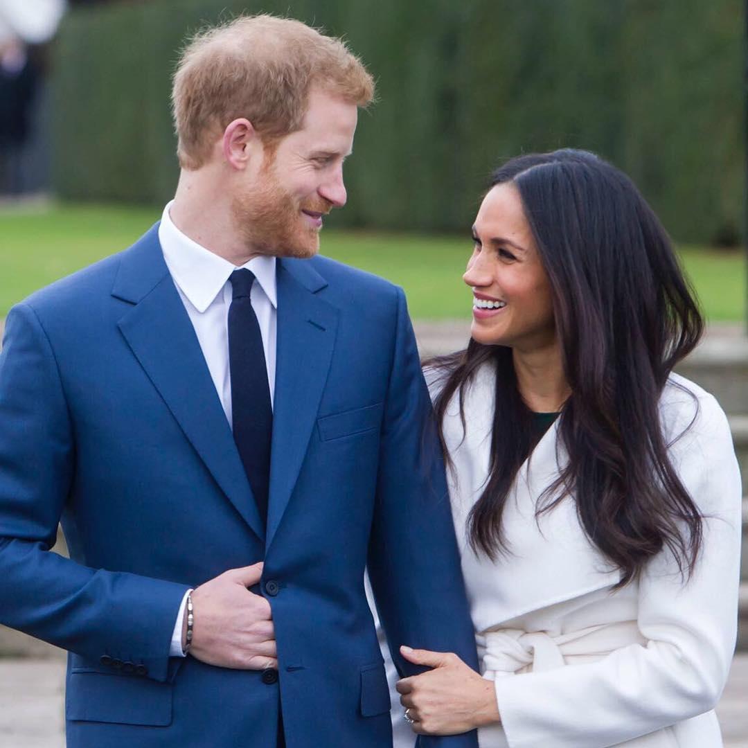 Pangeran Harry dan Meghan Markle Bertunangan