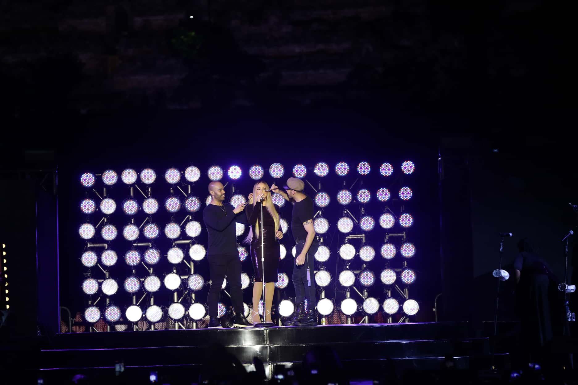 Penampilan Mariah Carey di Candi Borobudur