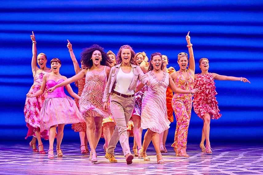 Pertunjukan Musikal Mamma Mia! London Hadir di Jakarta
