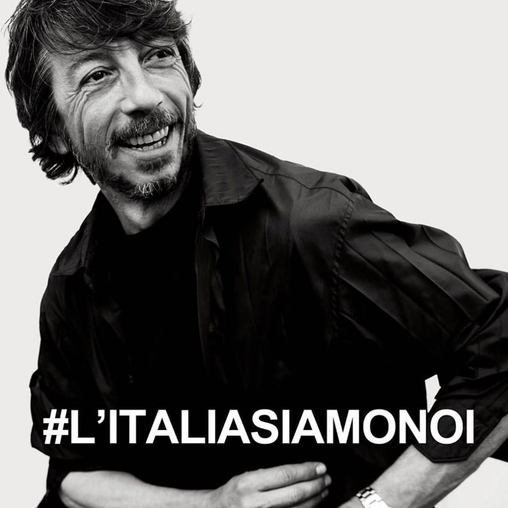 Pierpaolo Piccioli Raih Penghargaan Di CFDA Awards
