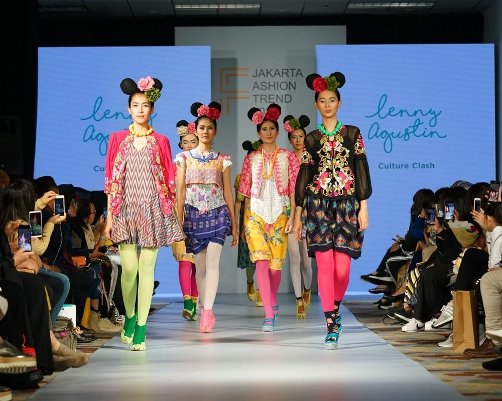 Revolusi Fashion di Gelaran 'Jakarta Fashion Trend'