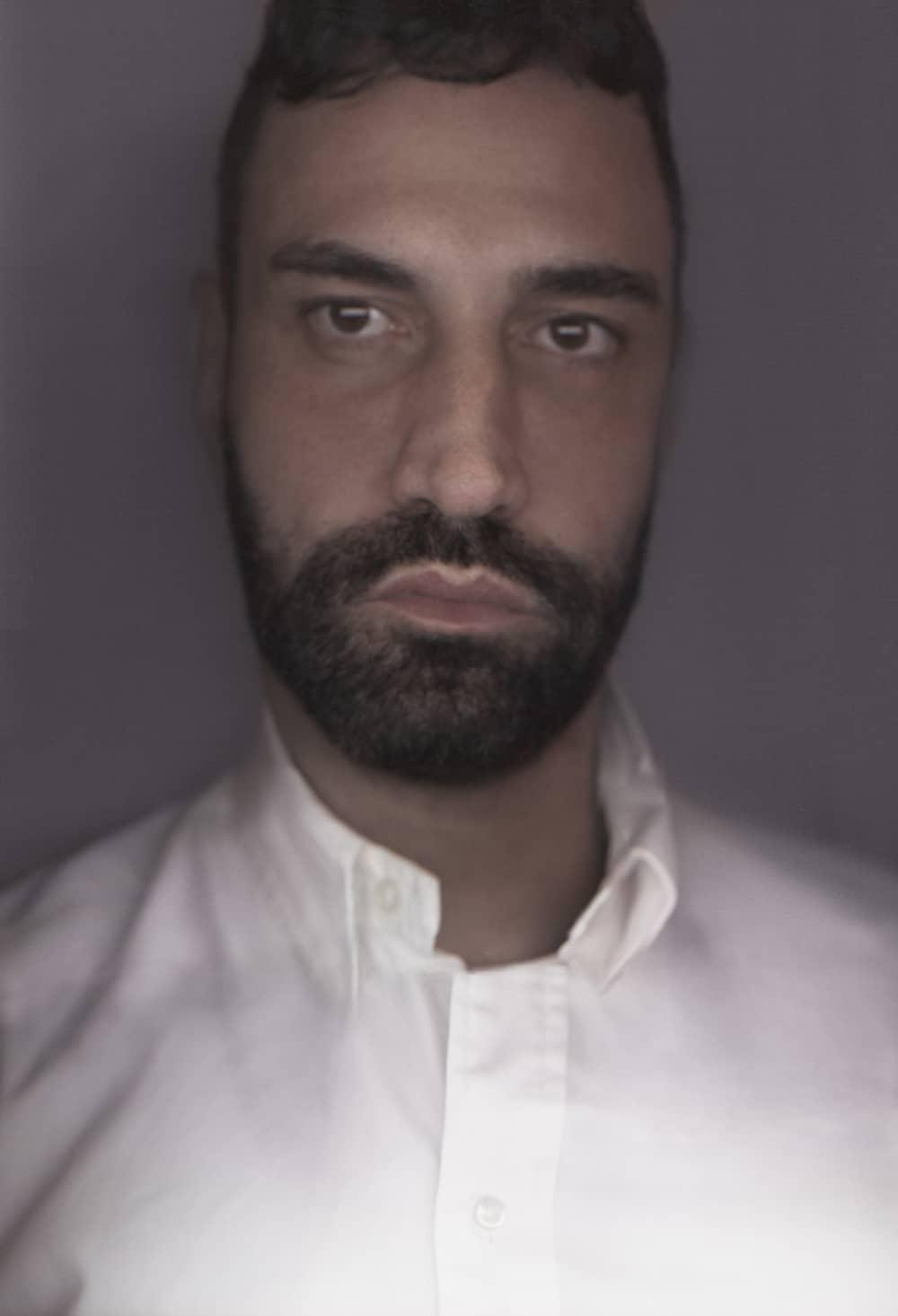 Riccardo Tisci Menjadi Chief Creative Officer Burberry