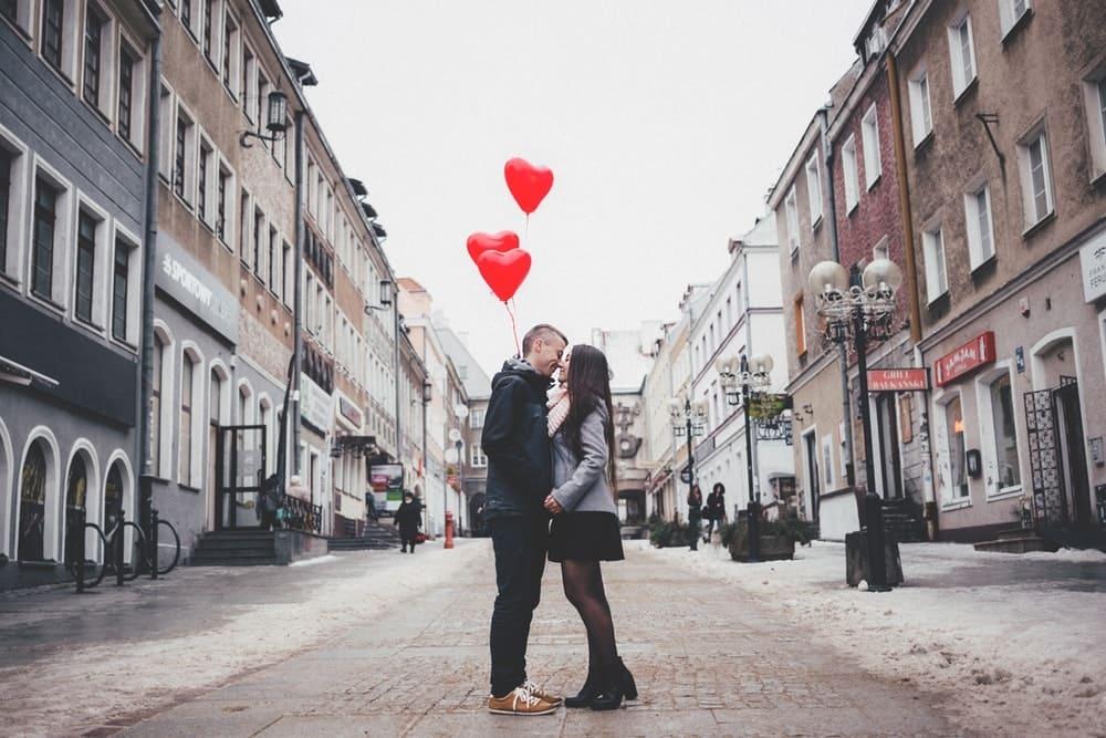 Senangkan Pasangan Dengan Cara Simpel Ini