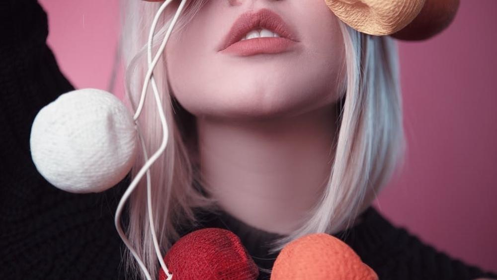 Solusi Alami Agar Bibir Terlihat Merah Muda