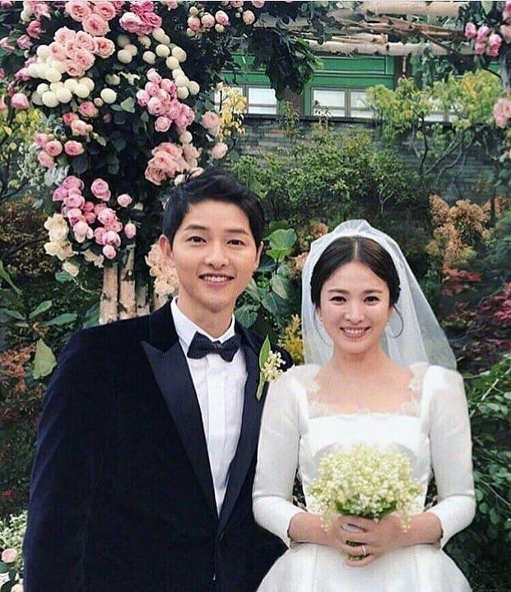 Song Hye Kyo dan Song Joong Ki Menikah