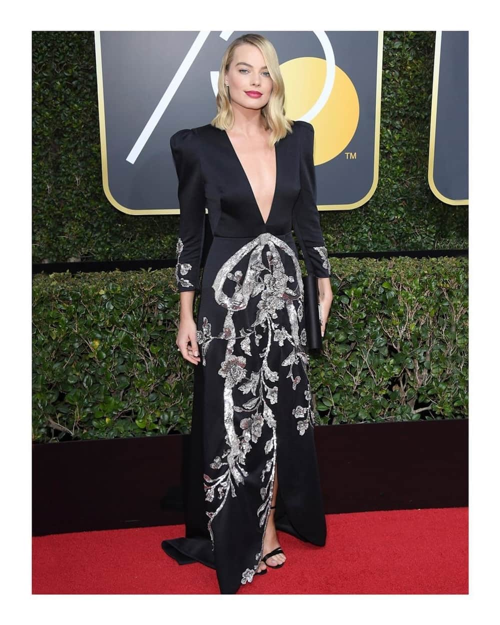 Tampilan 11 Artis Hollywood di Golden Globes Ke-75