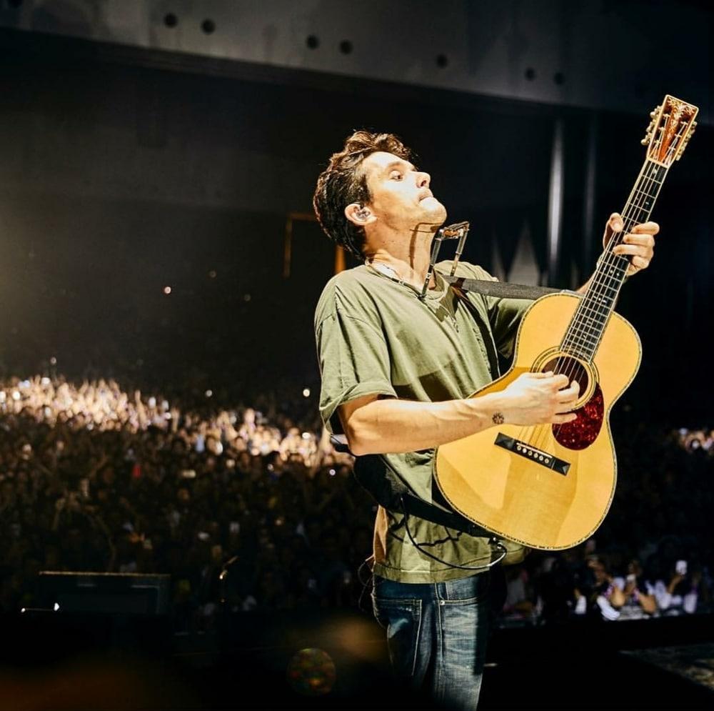 Tersihir Atraksi Gitar John Mayer