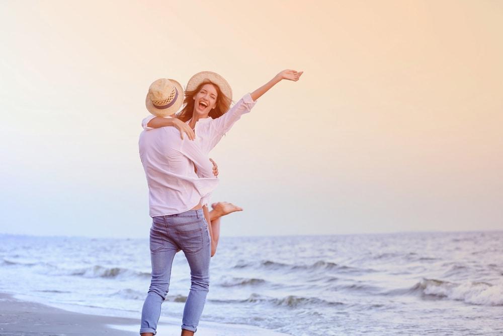 Tips Bulan Madu Murah untuk Pasangan Muda