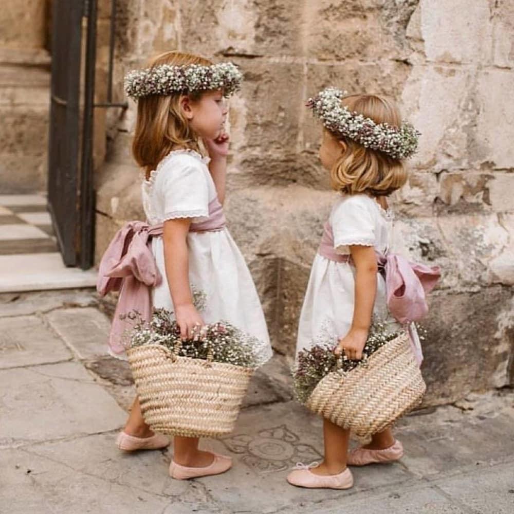 Tips Melatih Flower Girl Supaya Berjalan Dengan Benar