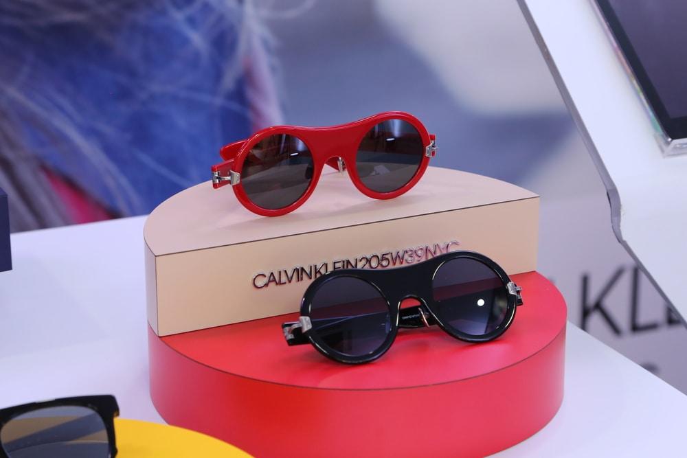 Uniknya Koleksi Kacamata Terbaru dari Calvin Klein