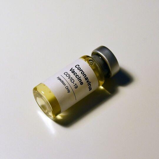 Indonesia Telah Memberikan 2.6 Juta Dosis Vaksin COVID-19