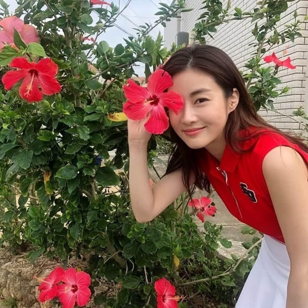 Kang Sora Melahirkan Anak Pertama