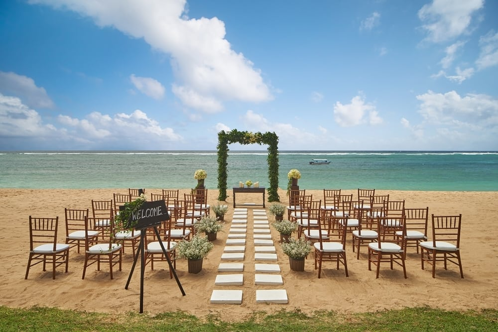 'Wedding Venue' Berlatar Matahari Terbit di Westin Bali