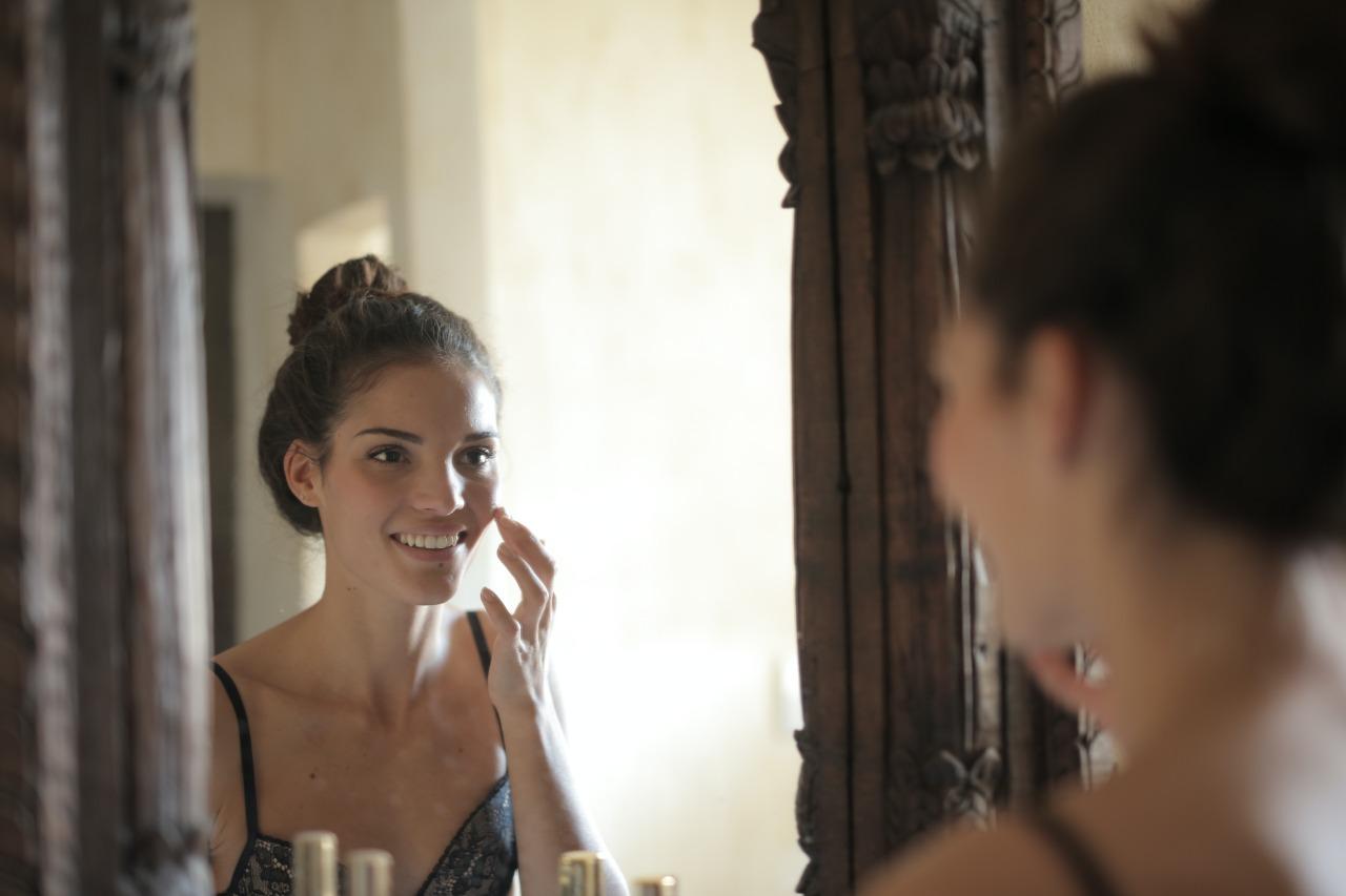 7 Kandungan Aktif Dalam Skincare Yang Bisa Hilangkan Jerawat