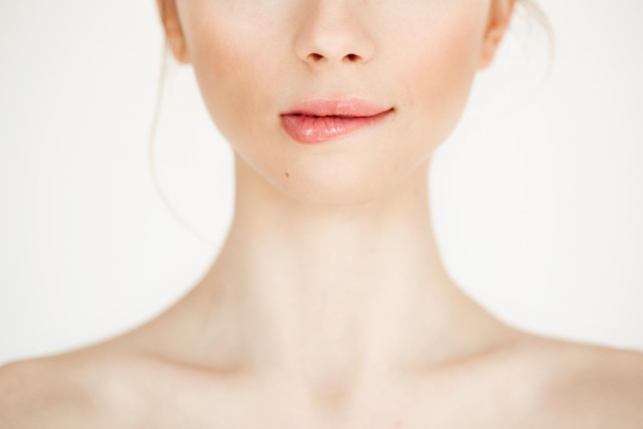 Cara Scrubbing Bibir yang Benar agar Bibir Lembut Merona