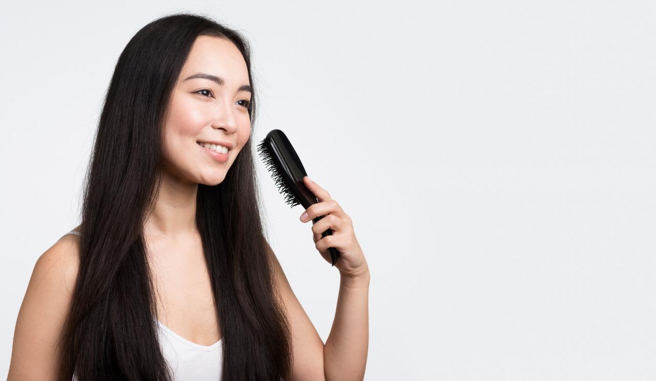 8 Cara Memanjangkan Rambut dengan Cepat dan Sehat