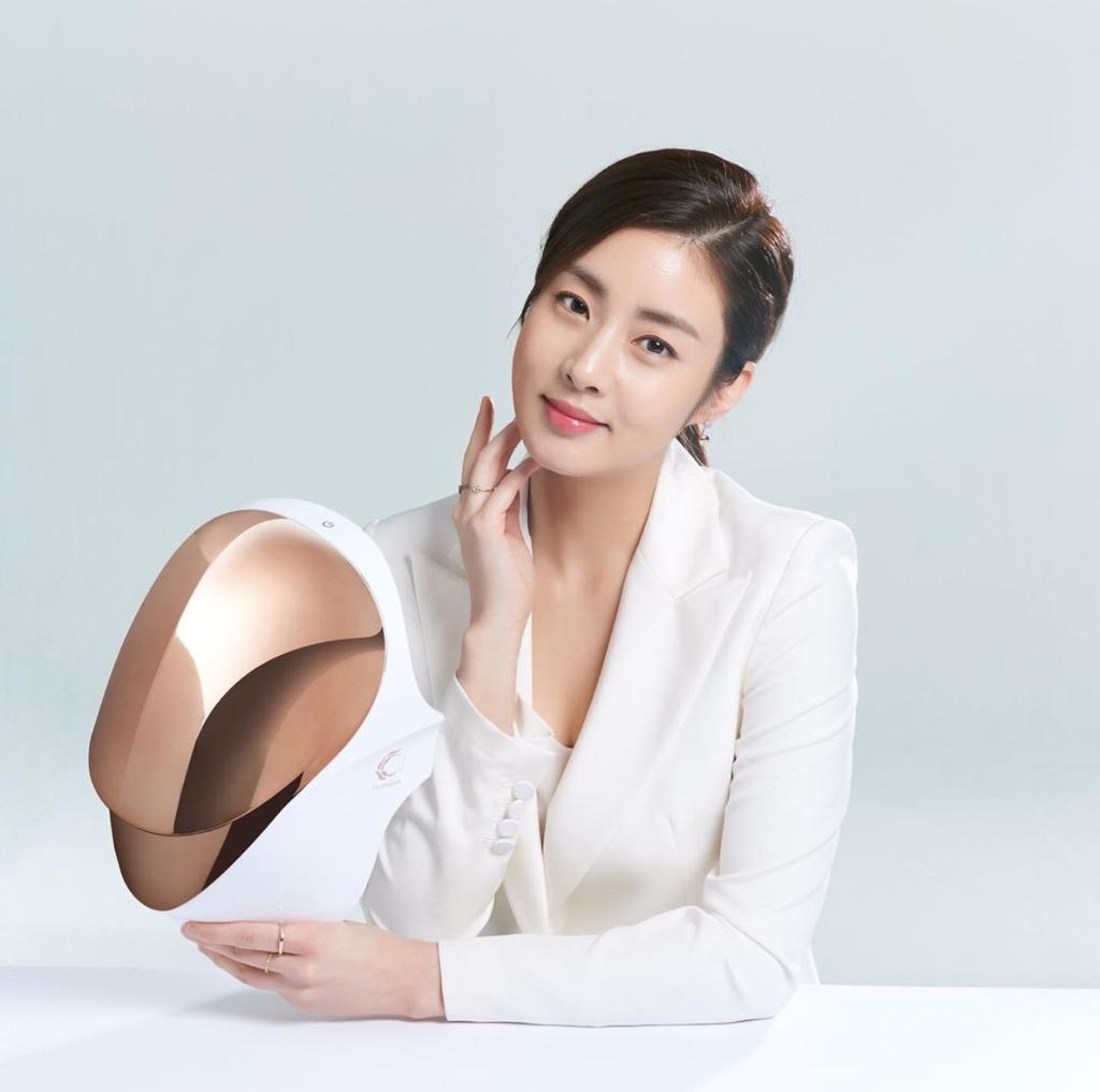 Cellreturn, LED Mask Andalan Kang So Ra yang Bikin Glowing
